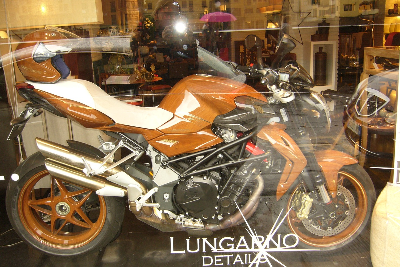 Name:  agusta brutale..JPG