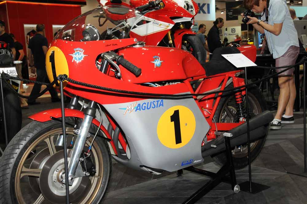 Name:  DSC_2500 Bold build MV Agusta,MV Agusta stand, 2012 Meblourne Motorcycle Expo.jpg Views: 706 Size:  103.8 KB