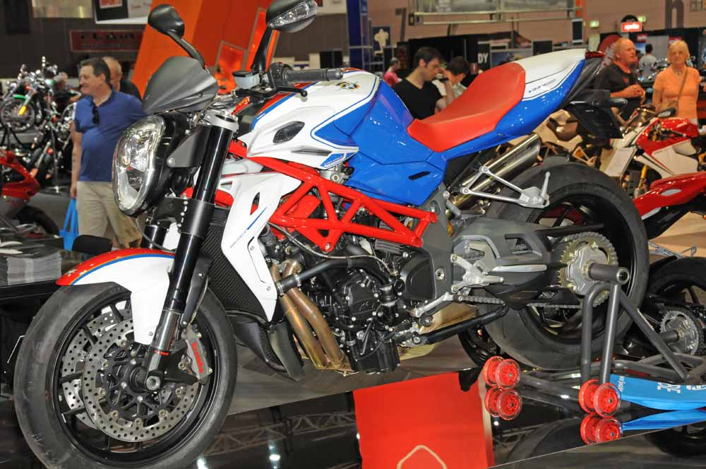 Name:  DSC_2525l Brutale RR,MV Agusta stand, 2012 Meblourne Motorcycle Expo.jpg Views: 424 Size:  119.2 KB
