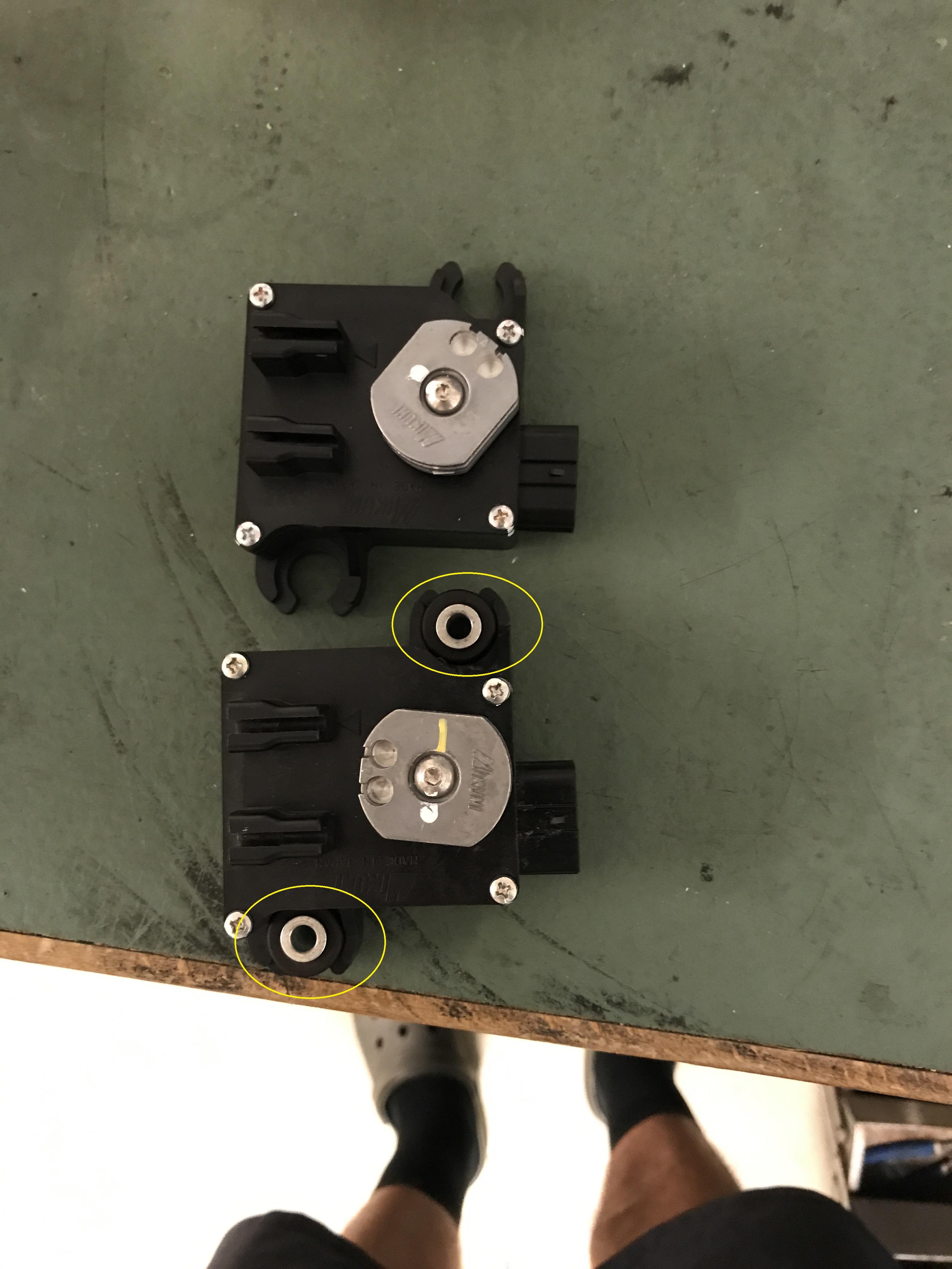 Name:  Exhaust Valve Acuator MountingC.jpg Views: 417 Size:  1.24 MB